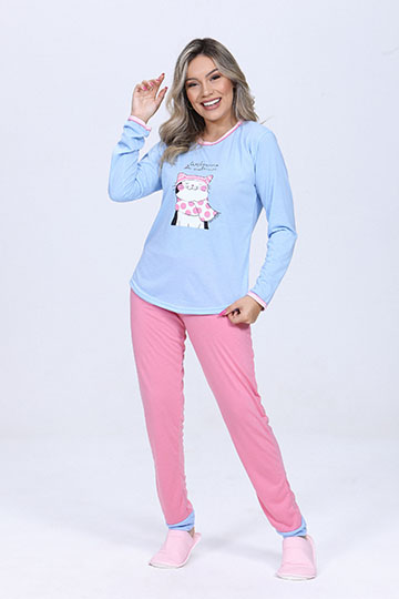 Pijama Feminino de Inverno Divertidamente